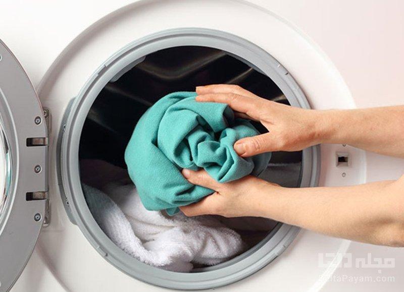 پاک کردن لکه کهنه از لباس ماشین لباس شویی