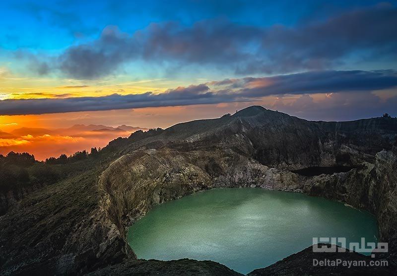 دریاچه کلیموتو در دهانه آتشفشان