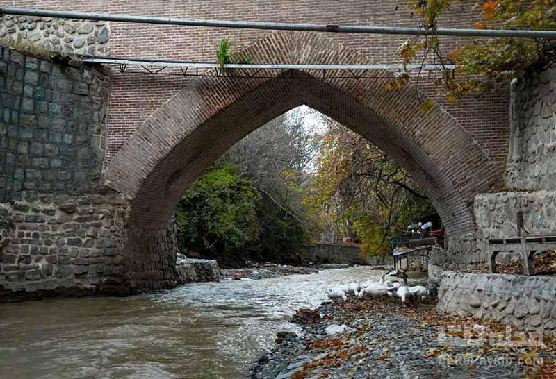 پل تاریخی در سرزمین آلوچه