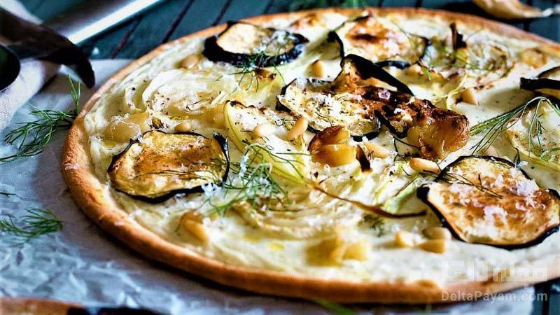 پیتزا بادمجان و سیر
