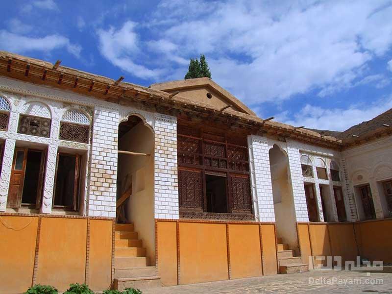 معماری خانه نیما یوشیج