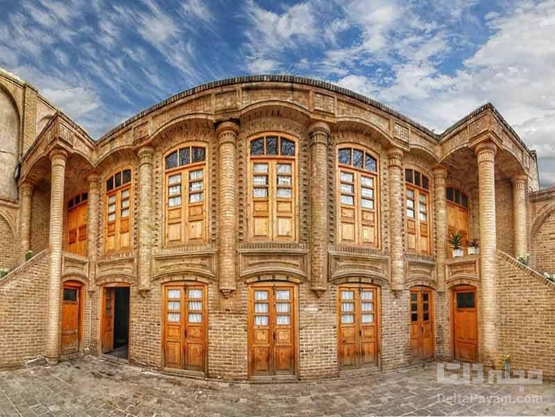 سبک معماری و تزئینات خانه داروغه مشهد