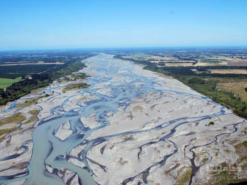 رودخانه وایتاکی از رودخانه های بافته