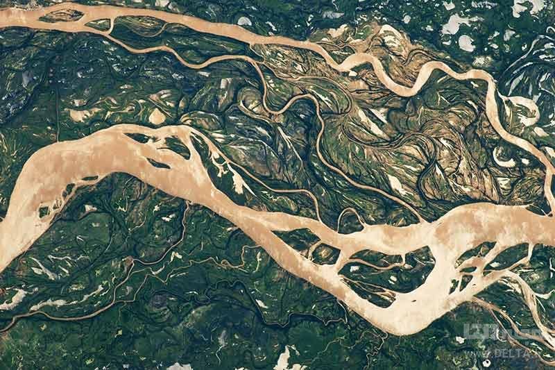 رودخانه های خیره کننده، رودخانه های بافته