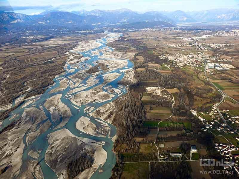 رودخانه تاگلیامنتو از رودخانه های بافته