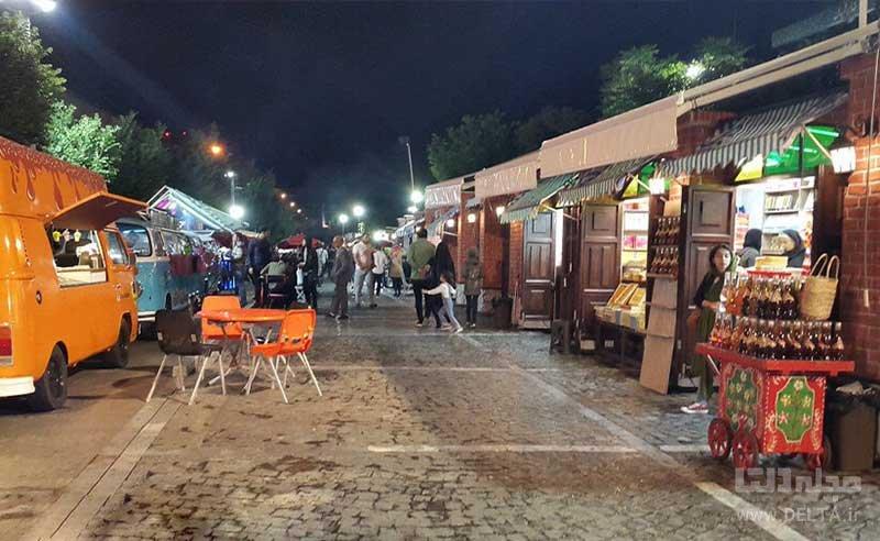 کافه های سیار خیابان سی تیر