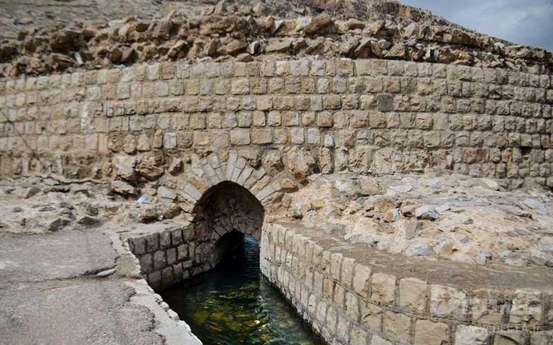 گرداب سنگی خرم آباد از جاذبه های ایرانگردی