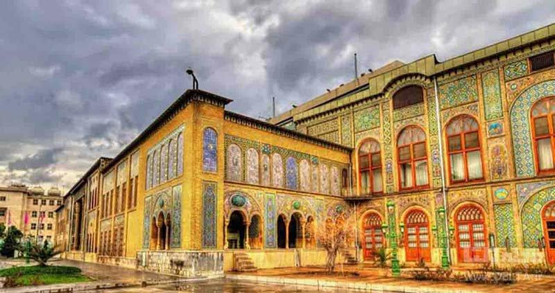 تهرانگردی در بهار در کاخ گلستان