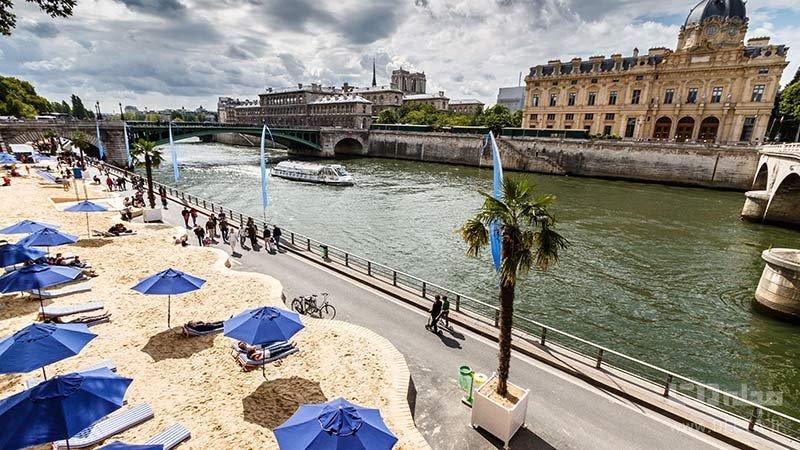 سینمای شناور در پلاژ پاریس
