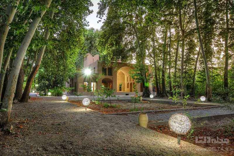 کوشک اصلی باغ پهلوان پور مهریز