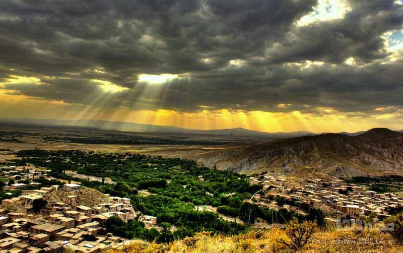 روستای چنشت یا روستای رنگارنگ ایران