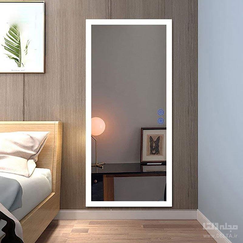 آینه در اتاق خواب