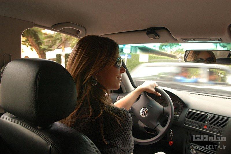 نداشتن حجاب متعارف در ماشین
