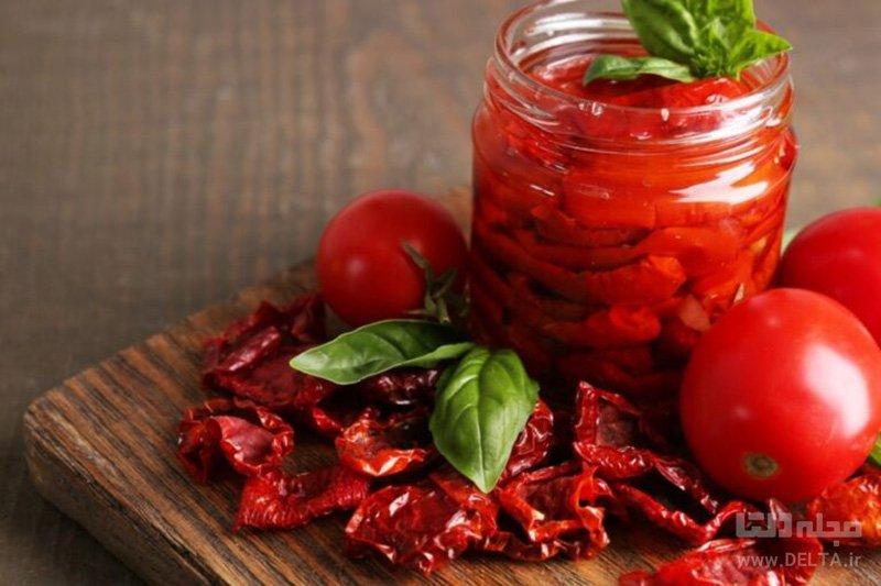گوجهخشک شده در روغن زیتون