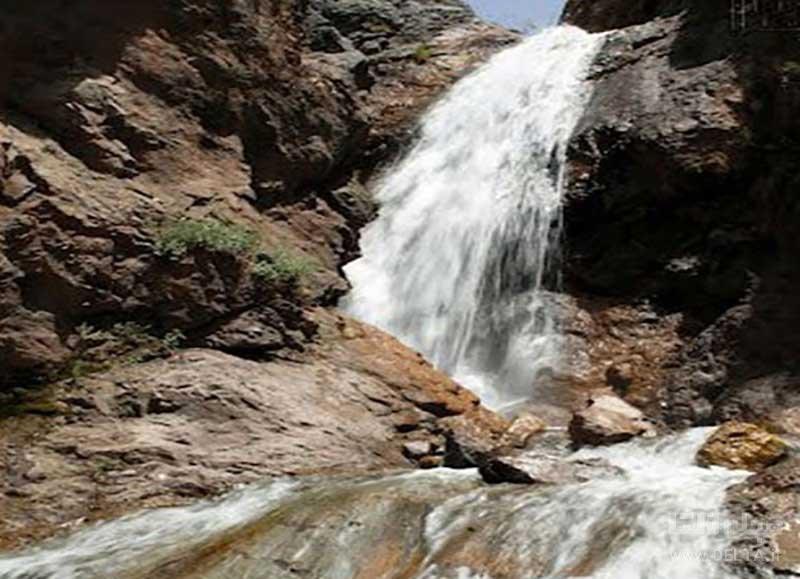 آبشار کفترلو در شمیرانات